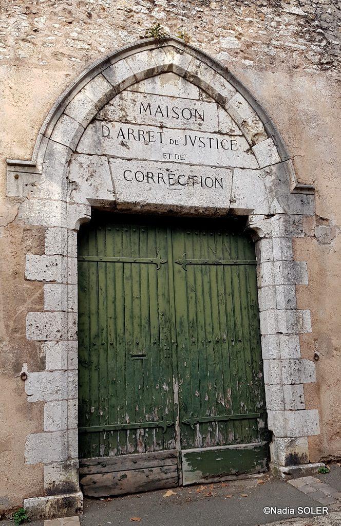 Portail de l'ancienne Maison d'arrêt de Chartres